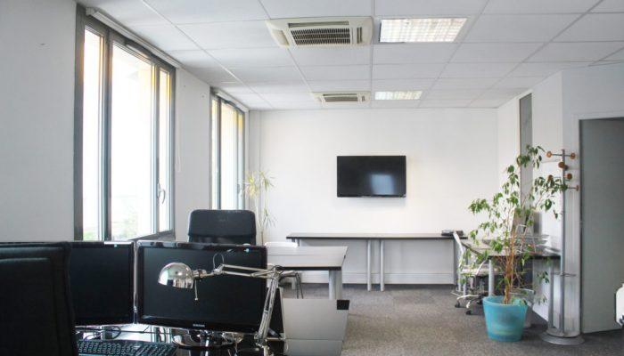 Location de bureaux divisibles de 15m² à 170m²